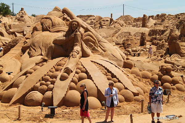 10th Int'l Sand Sculpture Festival kicks off in Portugal[1]-  Chinadaily.com.cn