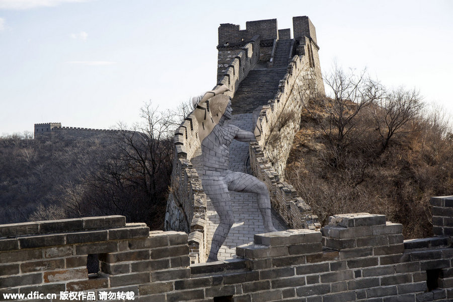Us Body Paint Artist Blends People Into Iconic Sights 1 Chinadaily Com Cn