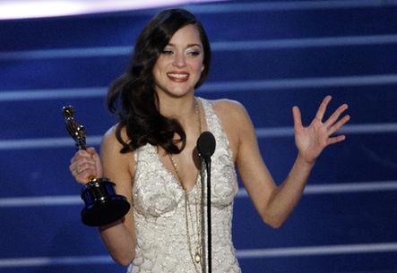 Marion Cotillard Wins Oscar For Best Actress