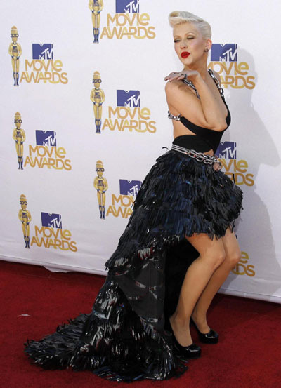 Christina Aguilera attendsthe 2010 MTV Movie Awards