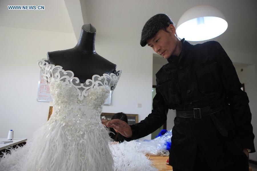China Born Designer To Make His Debut At Paris Fashion Week 8 Chinadaily Com Cn