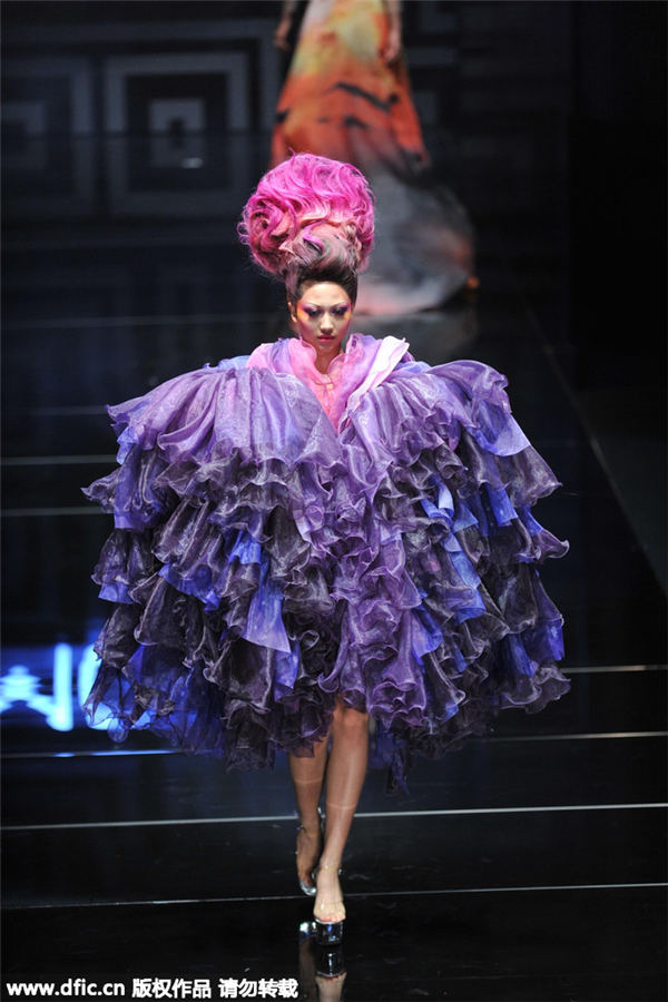 Traditional Chinese Elements Dazzle At China Fashion Week In Beijing 13 Chinadaily Com Cn