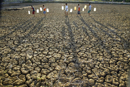Drought hits Indonesia