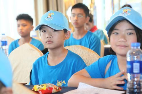 Mexican teens seek Chinese roots from Zhuhai camp
